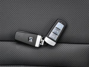 2016款运动版 2.0T 手动豪华型 钥匙