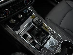 2016款运动版 2.0T 手动尊贵型 变速挡杆