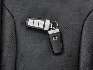 2016款运动版 2.0T 自动尊享型 钥匙