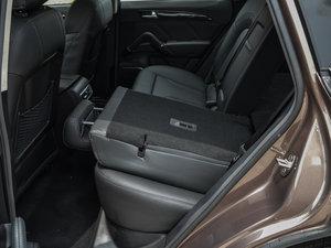 2016款运动版 2.0T 手动尊贵型 后排座椅放倒