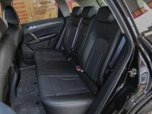 2016款1.5T 手动尊贵型 后排座椅