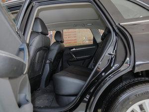 2016款1.5T 手动尊贵型 后排空间