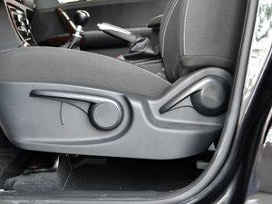 2016款1.5T 手动精英型 座椅调节