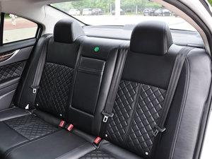 2016款1.5T CVT旗舰型 后排座椅