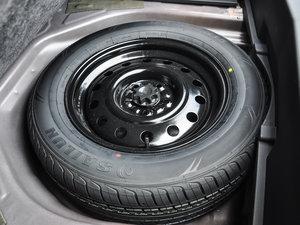 2016款1.5T 手动精英型 备胎