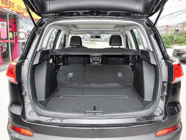 众泰汽车2017款大迈X5