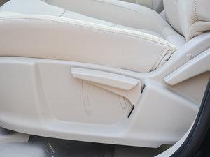 2017款超值版 1.6L 手动时尚型 座椅调节
