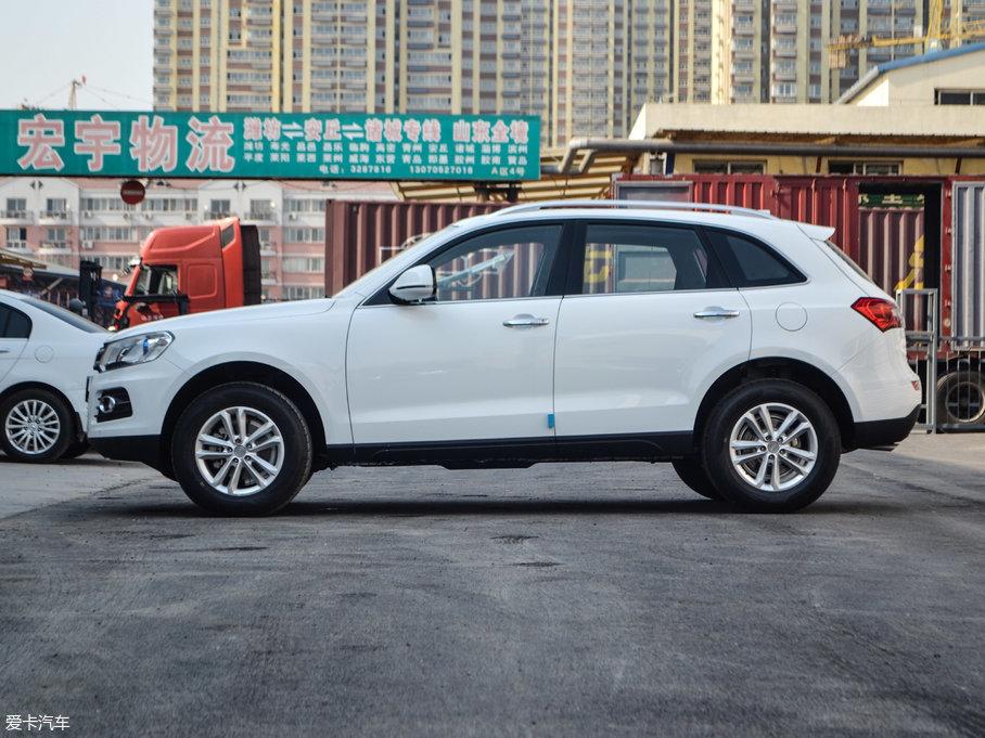 2017款众泰T6001.5T 手动豪华贺岁版