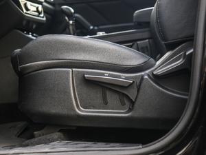 2018款运动版 1.5T 手动豪华型 座椅调节