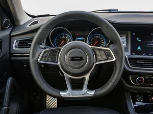 2018款运动版 1.5T 手动豪华型 方向盘
