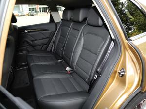 2018款运动版 1.8T DCT尊贵型 后排座椅