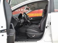 空间座椅众泰Z360前排空间