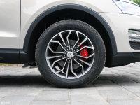 细节外观众泰SR7轮胎