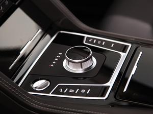 2018款2.0T 自动尊贵型 变速挡杆
