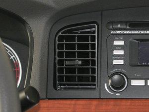 2010款1.5L 手动精英型 空调出风口