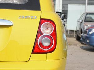 2012款冠军版 1.3L 酷行 尾灯