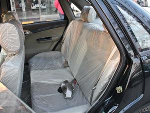 2011款领航版 1.3L 舒适型 后排座椅