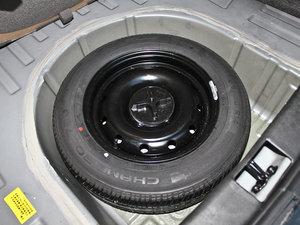 2011款领航版 1.3L 舒适型 备胎