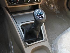2011款1.3L 舒适版 变速挡杆