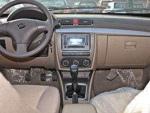 2011款1.3L 舒适版 中控台