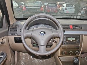 2011款1.3L 舒适版 方向盘