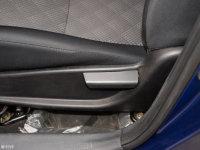 空间座椅力帆X50座椅调节
