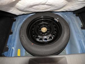 2015款1.5L 手动精英型 备胎