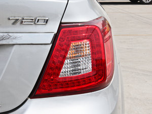 2014款1.5L 标准型 尾灯