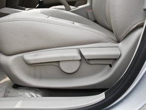 2014款1.5L 标准型 座椅调节