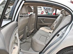 2014款1.5L 标准型 后排空间