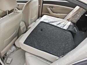 2014款1.5L 标准型 后排座椅放倒