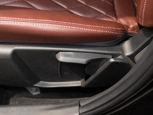 2015款2.4L 自动豪华型 座椅调节