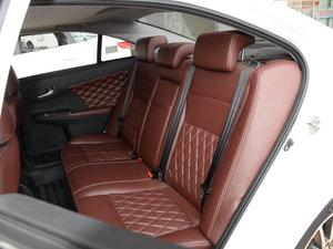 2015款1.8L 手动豪华型 后排座椅