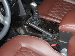 2015款1.8L 手动豪华型 驻车制动器