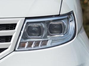2015款1.2L 手动舒适型 头灯