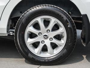 2015款1.2L 手动舒适型 轮胎