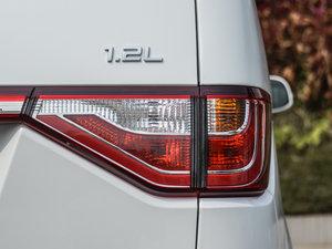 2015款1.2L 手动舒适型 尾灯