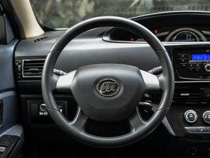 2015款1.2L 手动舒适型 方向盘