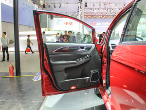 2017款1.5T 手动标准型 驾驶位车门