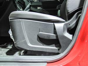 2017款1.5T 手动标准型 座椅调节