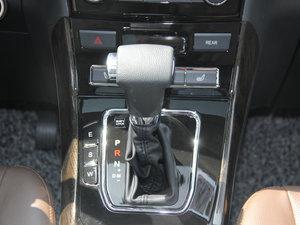 2017款1.5T 自动舒适型 变速挡杆