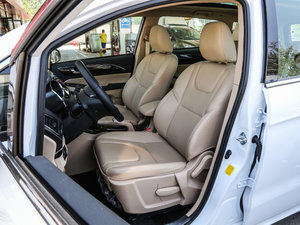 2017款1.8L 手动舒适型 前排座椅