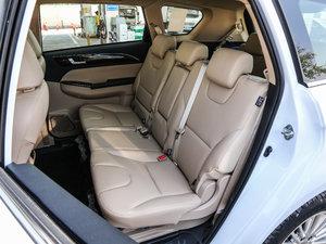 2017款1.8L 手动舒适型 后排座椅