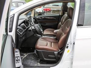2017款2.0L CVT舒适型 前排空间