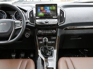 2017款2.0L 手动舒适型 中控台