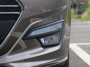 2017款2.0L CVT豪华型 雾灯