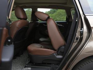 2017款2.0L CVT豪华型 后排座椅放倒