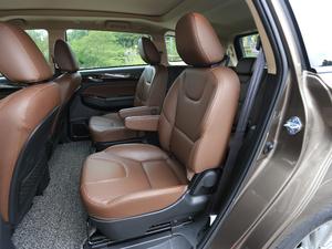 2017款2.0L CVT豪华型 后排座椅