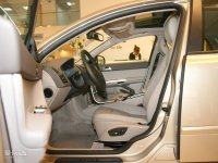 空间座椅沃尔沃S40前排空间