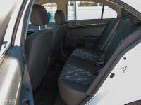 空间座椅三菱风迪思后排空间
